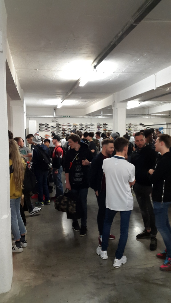 The scene at Crepe City
